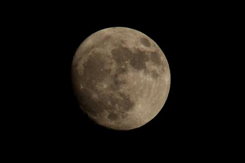 An almost full moon on Dec 1